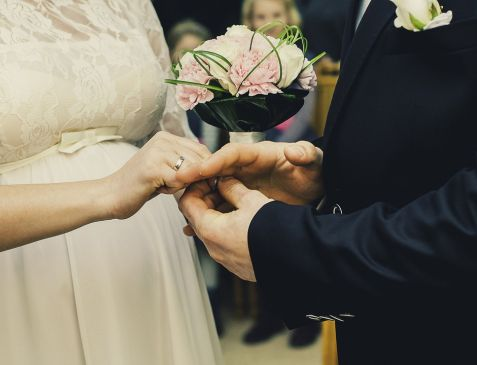 Six Things to Include in Your Wedding Day Checklist
